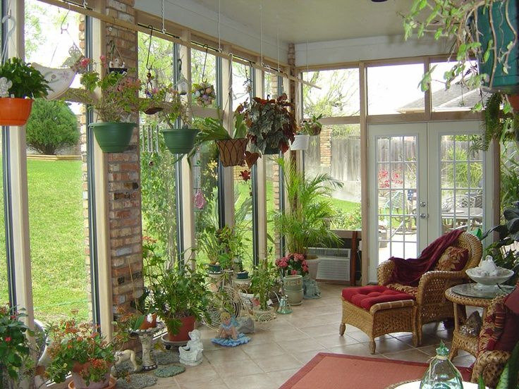 14 best images about back porch decorating on pinterest for Small lanai decorating ideas