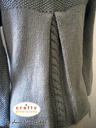 Knitting pleats