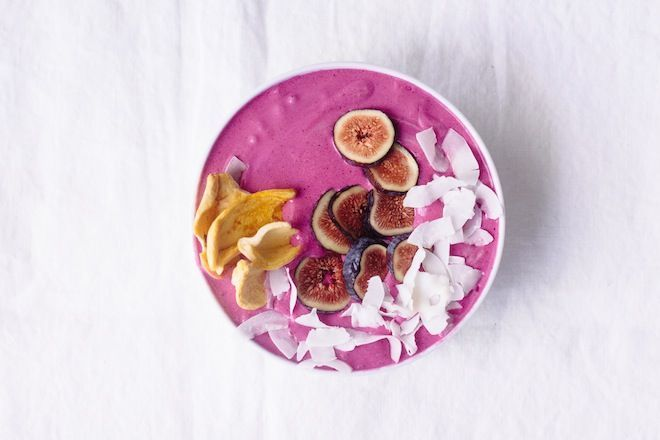 Dragon Fruit Smoothie Bowl | Nutrition Stripped