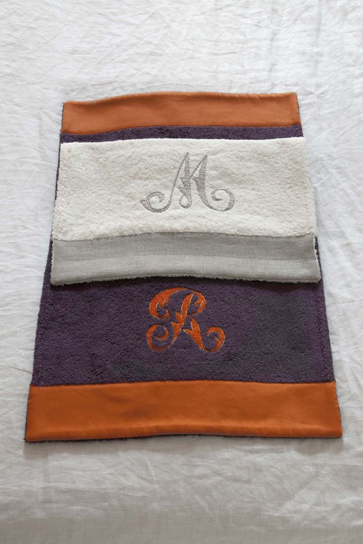 MarinaC - towels in soft terrycloth with hand embroidered monogram - shop.marinac.it #marinacmilano