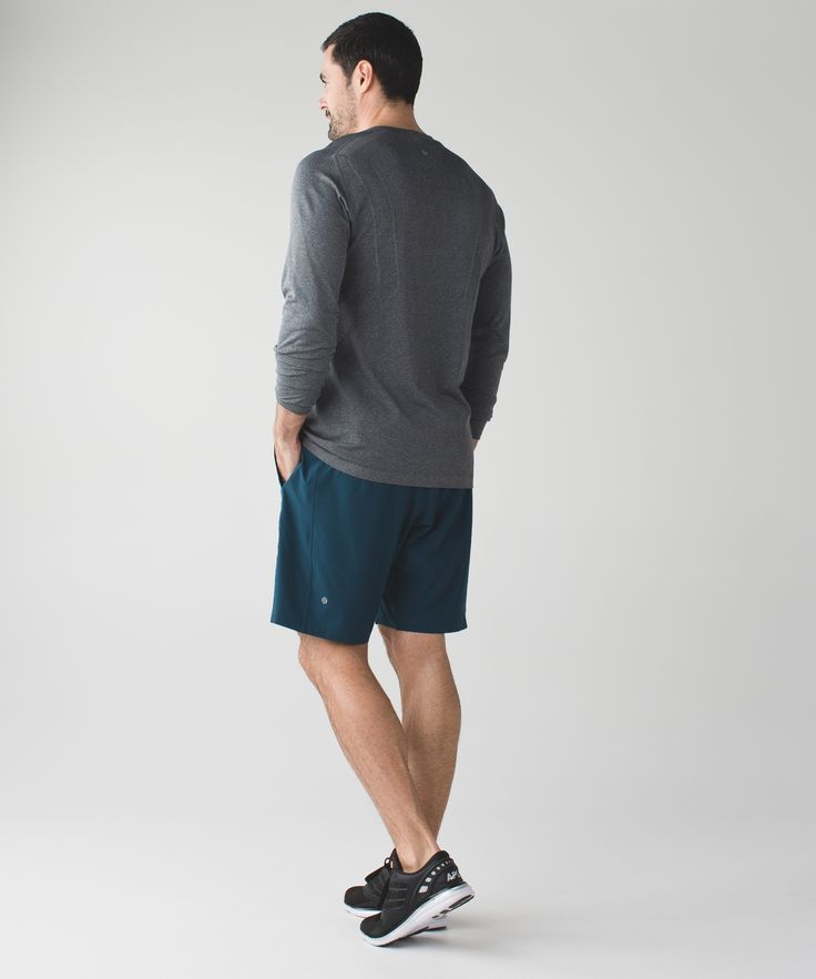 We made these streamlined-fit, all-sport shorts to take you from trail runs to training sessions.  Swift Ultra fabric wicks away sweat while plenty of storage leaves your hands free for all those high fives and fist bumps.