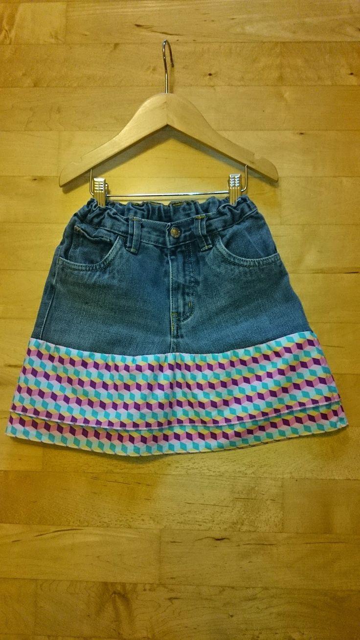 JULA: Was eine alte Jeans und ein neuer Rock gemeinsam haben...