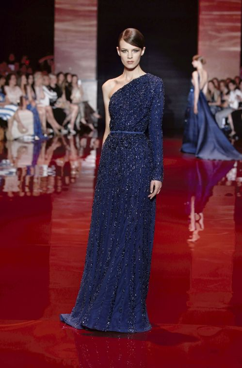 ELIE SAAB Haute Couture Autumn-Winter 2013-14 Royal Navy blue one shoulder sleeve long gown dress