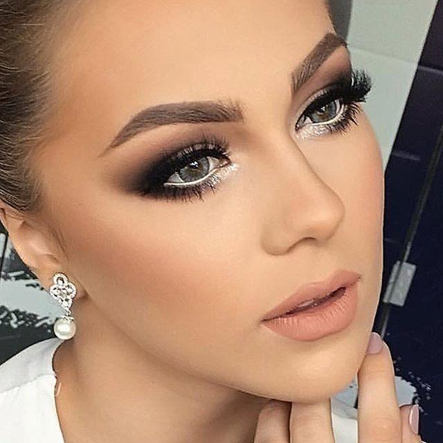 Inspiração #makeup #newyear #heldermarucci #makeup #hmlashes Ótimas festas pessoal, um 2017 maravilhoso para todos vocês. 😘