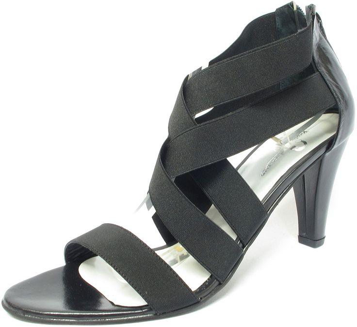 #Sandale #habillée entièrement élastiquée du 42 au 48 pour femme élégante, #chaussure, #chaussurefemme , #grandetaille, #grandepointure, #femme, #mode  , #talonhaut, #talonaiguille, #gay, #travesti, #sexy