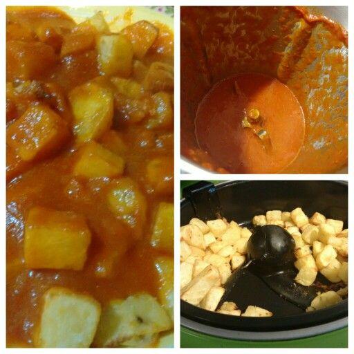 Patatas bravas. Salsa en Cecomix