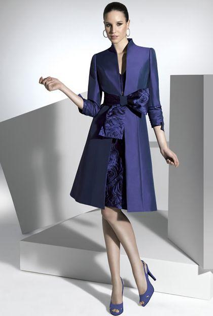 Vestido de fiesta con abrigo de Franc Sarabia