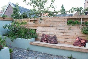 25 beste idee n over buiten zitbankje op pinterest zitplaatsen inde tuin buitenruimtes en - Claustra ontwerp pour terras ...