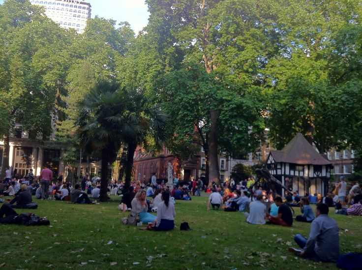 Lincoln's Inn Fields, London http://thesaltybloom.blogspot.it