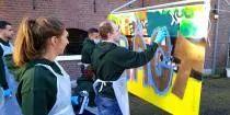 Bewegen op het doek! A-Way Events & Wellness staat voor Teambuilding, Wellness & Fun. Met onze graffiti workshop laten we jou en je collega's, vrienden en/of familie in beweging komen op het witte doek. - See more at: http://www.a-wayevents.nl/nl/bedrijfsuitjes/graffiti#sthash.XZW5E3yp.dpuf