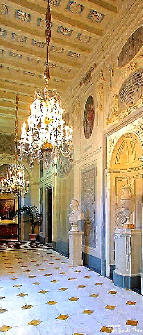 Four seasons florence tr s haute diva viva italia four seasons grand hotel bedroom styles - Diva hotel firenze ...
