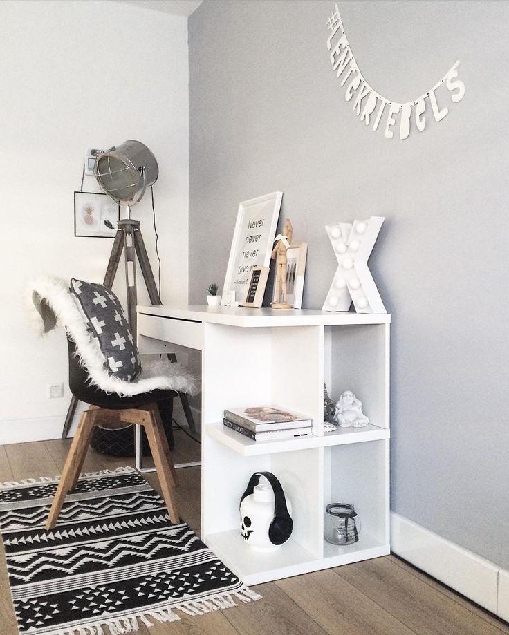 Ikea 'Micke' desk by @j.and.l.interior
