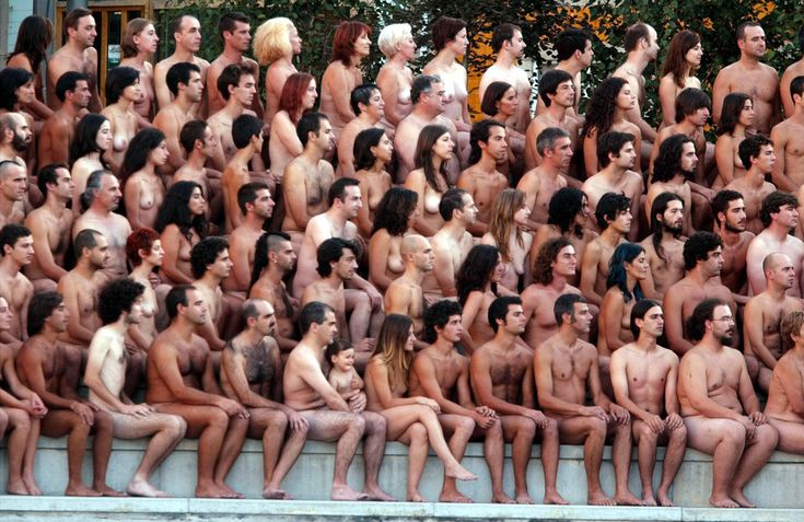 Sign Up To Pose Nude At The Republican National Convention