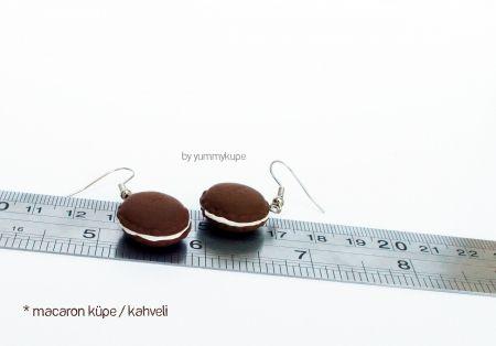 Macaron Küpe / kahveli   #fashion #design #miniature #food #art #miniaturefoodart #polymerclay #clay #minyatur #polimerkil #kil #nutella #tasarim #taki #sanat #moda #sokak #tutorial #yummykupe #mold #kalip #nasil #bileklik #kolye #kupe #yuzuk #aksesuar #kadin #ring #earring #accesorie #necklace #macaron #brown #chocolate #cikolata