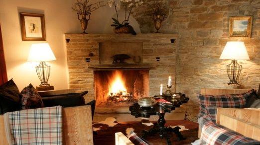Péchy Castle / Hunting Lodge & Park