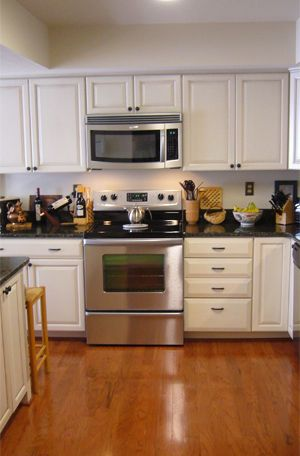 10 Images About Galley Kitchens On Pinterest Galley Kitchen Design, Kitchen Small And Small photo - 2