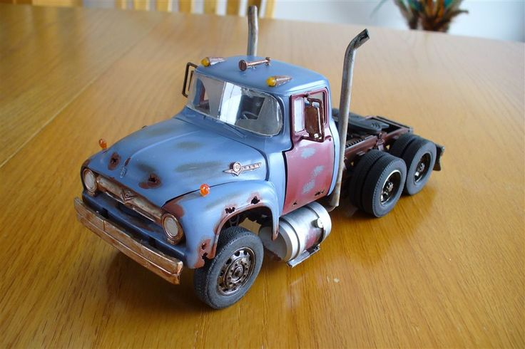 1956 Ford T800 Lowboy - Scale Auto Magazine - For building plastic & resin scale model cars, trucks, motorcycles, & dioramas