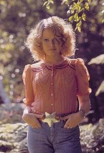 born: Sally Anne Struthers  July 28, 1947 in Portland, Oregon, USA