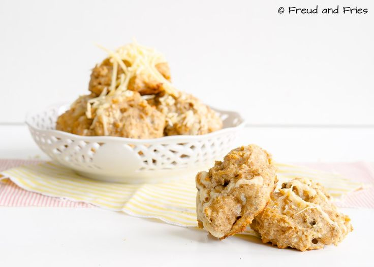 Hartige kaas-kwarkbollen | Freud and Fries