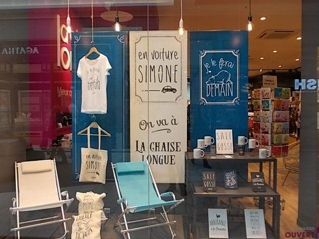 9 best le fabuleux shaman vitrines images on pinterest chaise longue boutique and boutiques - La chaise longue boutique ...