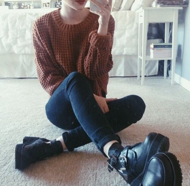 over-sized sweater, skinny jeans and combat boots :)