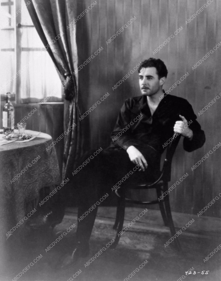photo handsome John Gilbert seated portrait from Redemption 773-15