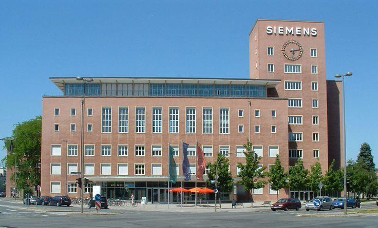 Fala zwolnień w Siemensie
