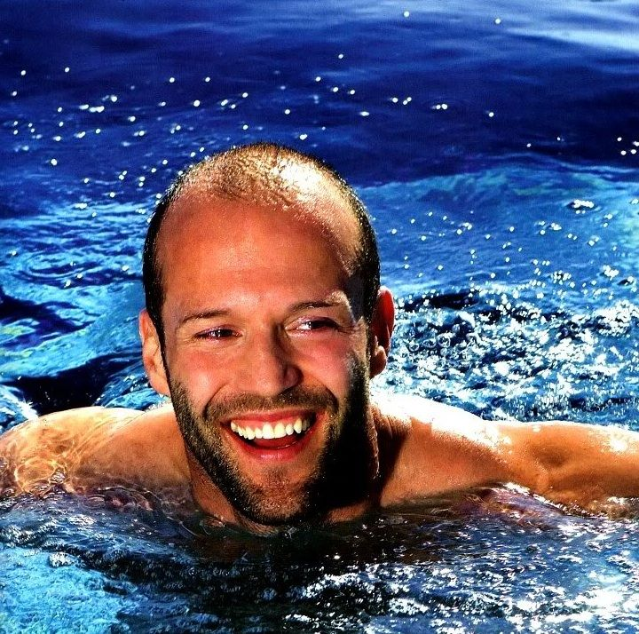 Jason Statham:  he has been a diver on the British National Diving Team and finished 12th in the World Championships in 1992. http://www.imdb.com/name/nm0005458/?ref_=sr_1