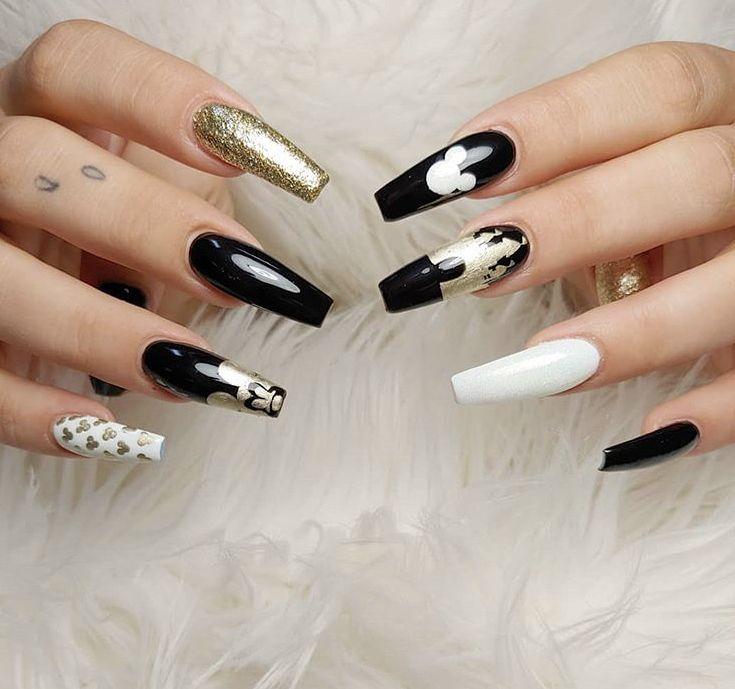 Disney Inspirations De Design De Nail Art Sur Le Theme De Disney Mickey Minnie Mouse No 34 Club Disney Acrylic Nails Mickey Nails Disneyland Nails