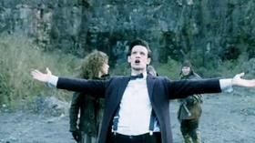 Doctor Who - Rain Gods - all mini episodes: https://www.reddit.com/r/doctorwho/comments/10klcl/list_of_doctor_who_miniepisodes/