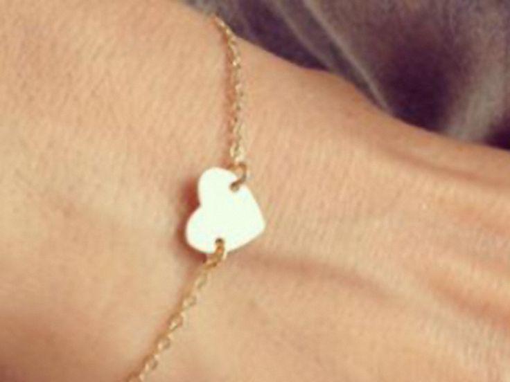 Armbänder - KLEINES HERZ Armband Armkette Boho zart rosegold - ein Designerstück von Kleines-Karma bei DaWanda