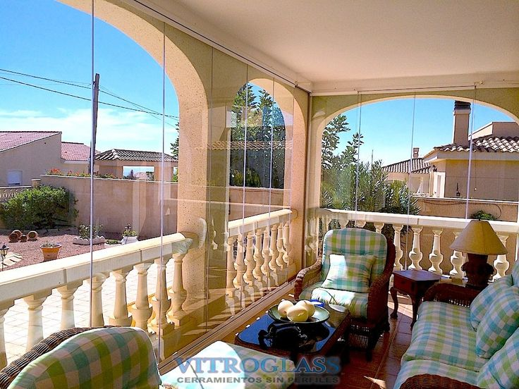 cortinas de cristal Es Alicante, Benidorm. Acristalamiento par un chale, con cortinas de cristal sistema Vitroglass.