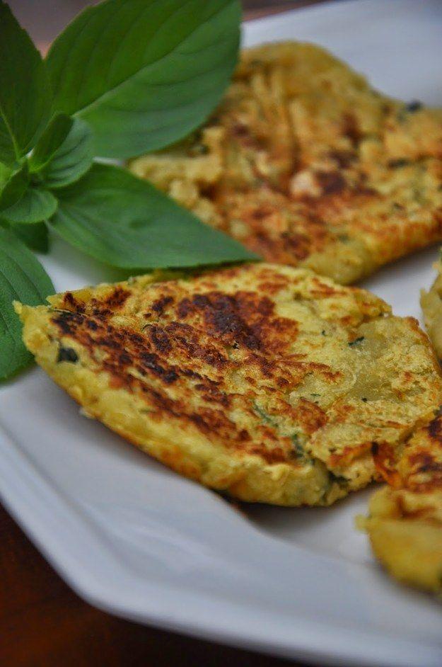 Bolinho de batata-doce e manjericão. | 15 receitas que vão te fazer querer que todas as refeições sejam o café da manhã