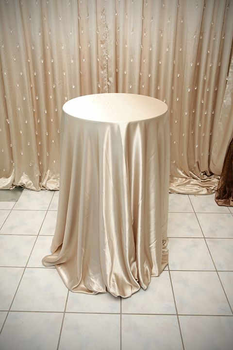 High Top Table Linens Part - 45: Champagne Satin Linen On High Top Table