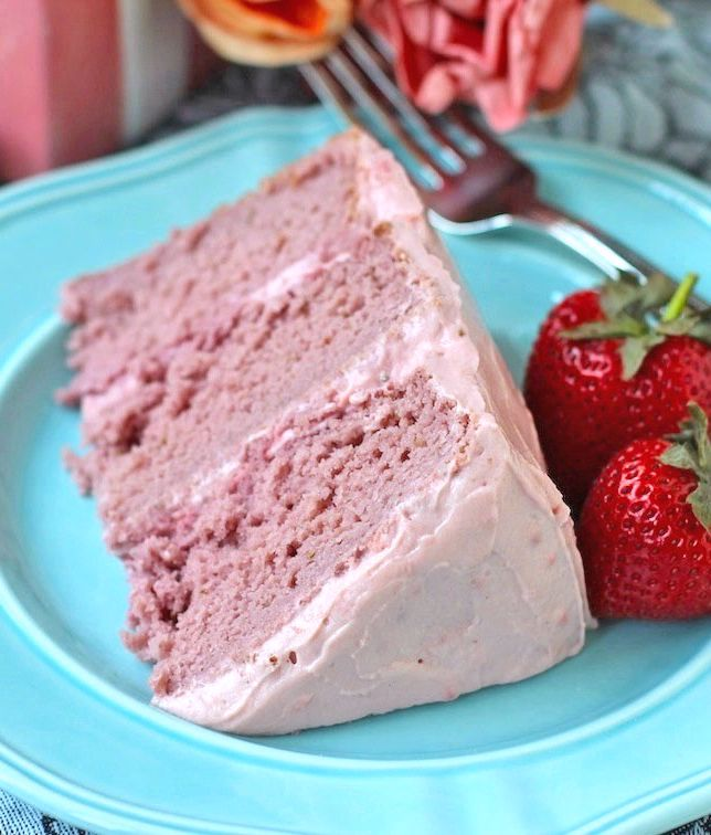 Super Moist Strawberry Cake with Strawberry Frosting — so soft, sweet, rich and flavorful, you'd never know it's totally guilt-free! [sugar free, low fat, gluten free, and no artificial food coloring]