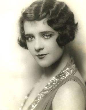 Duquesa americana: trajes históricos: inspiração fotográfica dos anos 20 – retratos de pr …  – Historical Clothing Blogs etc.