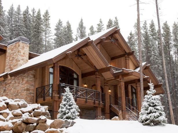 Smell the fresh mountain air and gaze out at surrounding mountains from lodge-inspired HGTV Dream Home 2007 in Winter Park, Colorado.