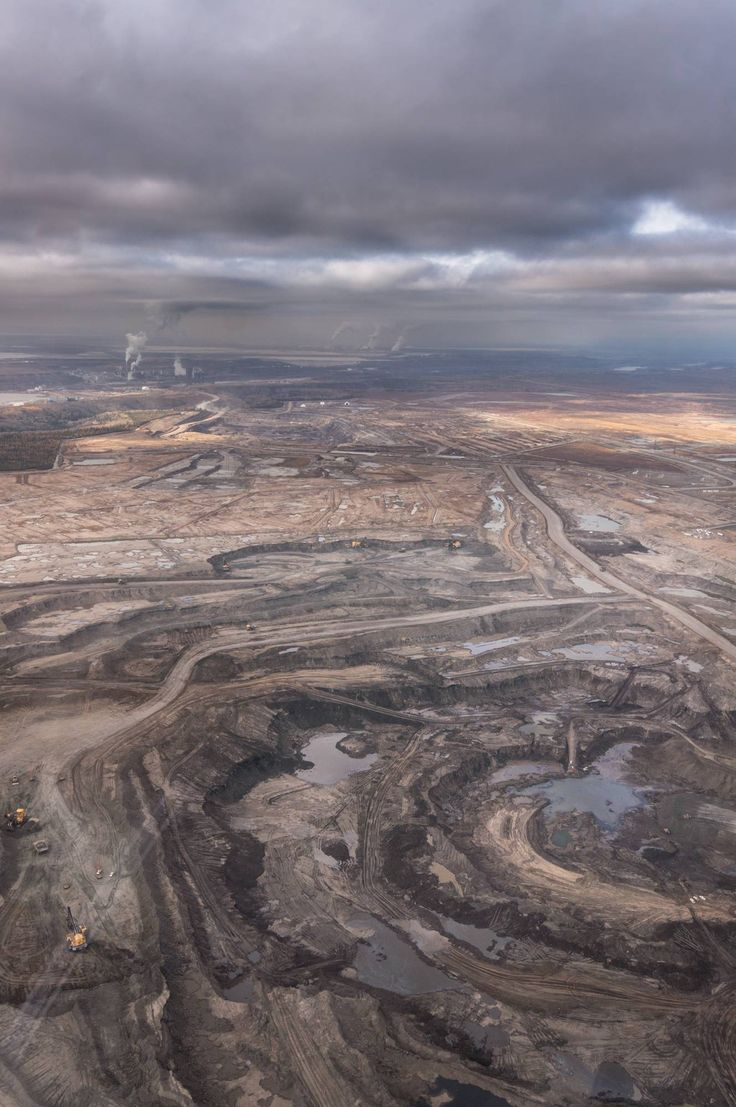 The Opposite of EarthPorn: Athabasca Oil Sands in Alberta CA