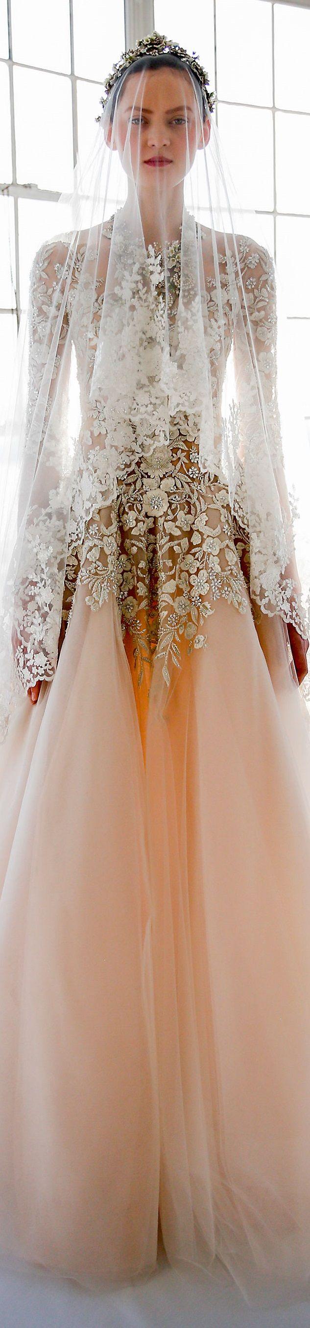 Marchesa Wedding Dress ~ Spring 2017  #vestidodenovia | #trajesdenovio | vestidos de novia para gorditas | vestidos de novia cortos  http://amzn.to/29aGZWo