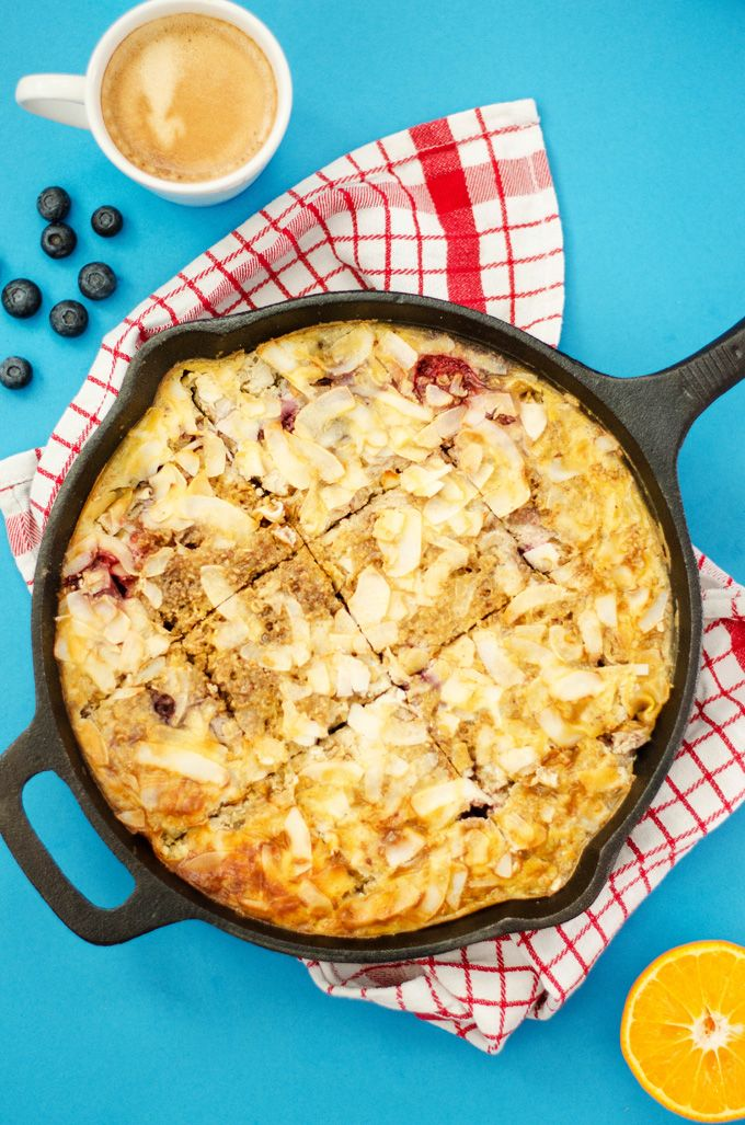 An easy, healthy breakfast bake that comes together quickly and fills your home with the warm aroma of oats and berries.
