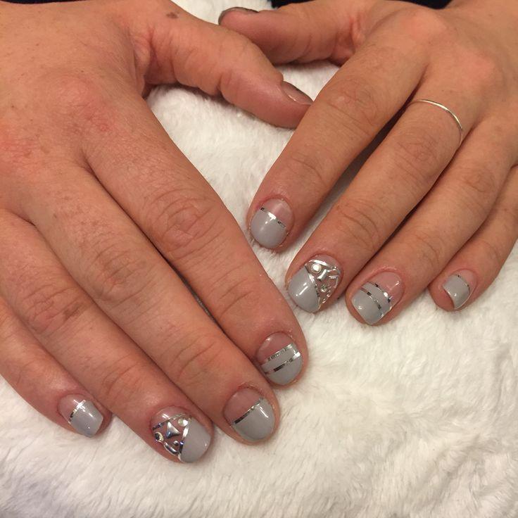 Grey nails. Geometric nails. Studs.