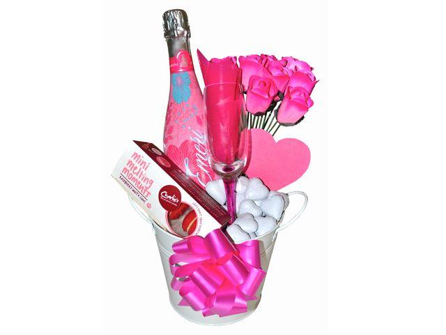 Bucket of Love, Gift Hamper