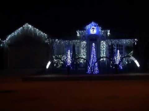 christmas 2009 star wars the clone wars christmas lights totally worth watching - R2d2 Christmas Lights
