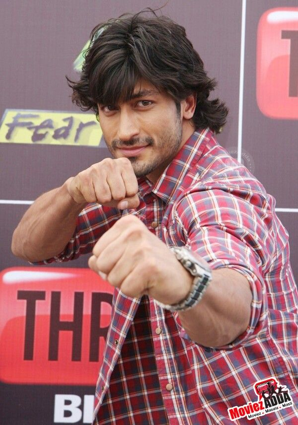 Lets play Vidyut Jamwal