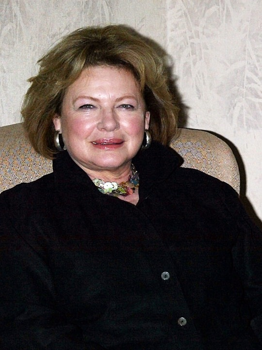 Happy 64th to Dianne Wiest.  Her new movie is coming this summer and she recently starred in The Cherry Orchard on Broadway.