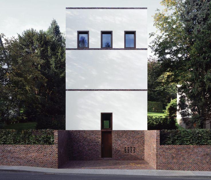 Uji internationales Haus