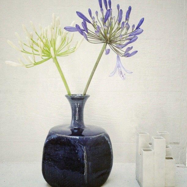 vintage blue vase via @happymundane on Instagram