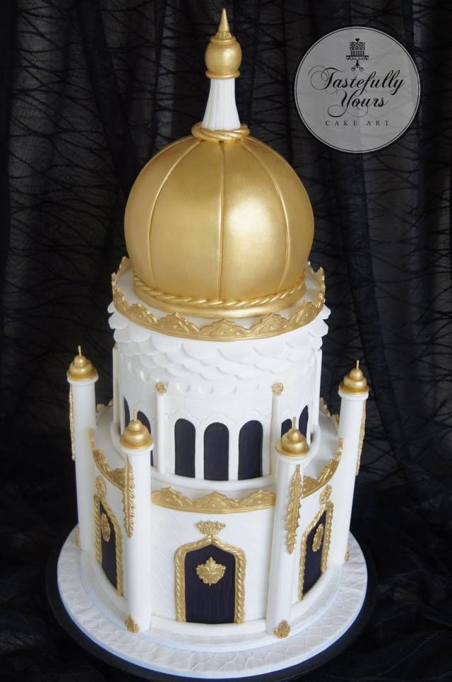 The theme for this lovely ladies party was Arabian Nights. She is a doctor and a very spiritual person so I wanted to capture the majesty of Arabian architecture and the magnificent mosques of that region. It was a very large cake and it is ALL...