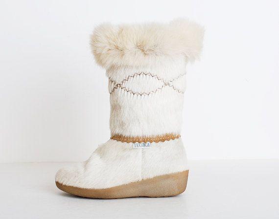 Size 7 Vintage 80s Fox Fur Tecnica Ski Boots by twinheartsvintage, $138.00