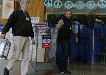 Руководители самопровозглашенных ДНР и ЛНР заявили сегодня: они получили данные о том, что на выборы готовятся диверсии...